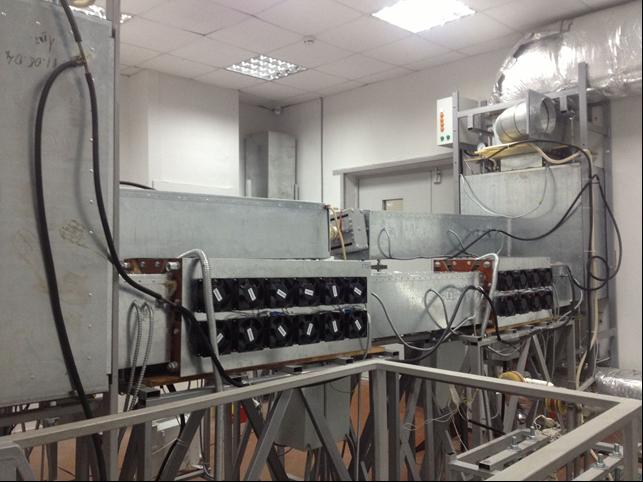 Два электромагнитных насоса, которые установленны на натриевом контуре БНК (ИМСС УрО РАН)